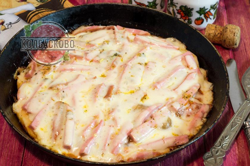 пицца за 10 минут с колбасой