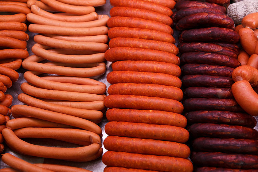 Разные виды колбас