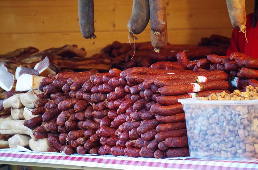 реализация колбасы