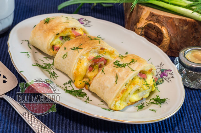 Закускаолбаса с сыром и слоеным тестом