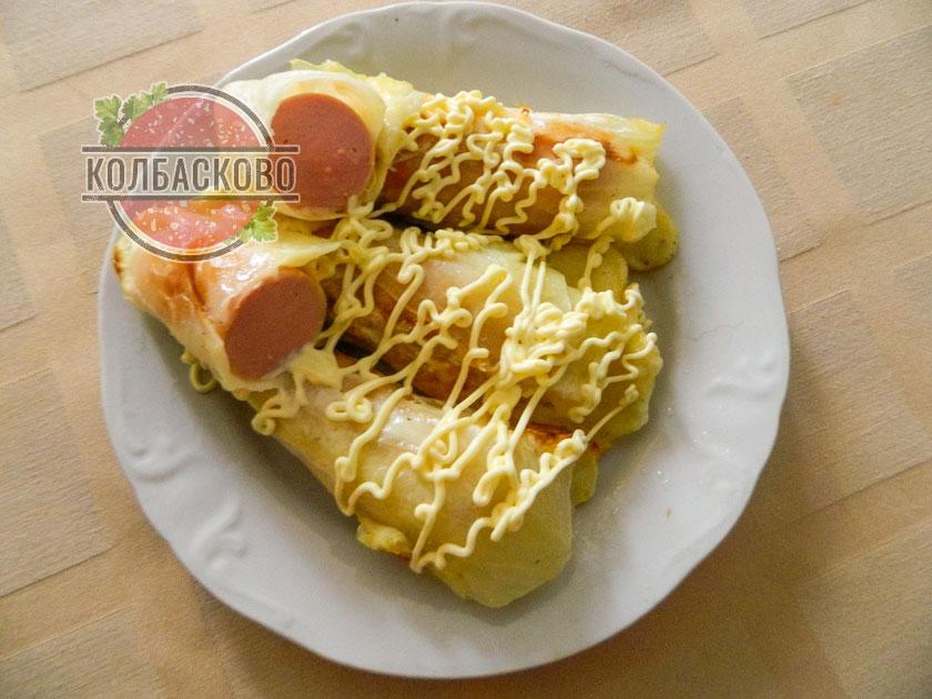 сосиски в капустных листьях рецепт с фото